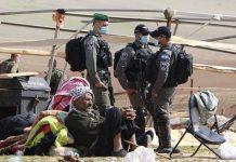 Pemandangan Warga Palestina Usai Rumahnya Dihancurkan oleh Penjajah Israel